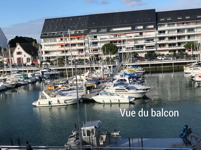 Beau studio 2è étage balcon: vue  port de La Baule