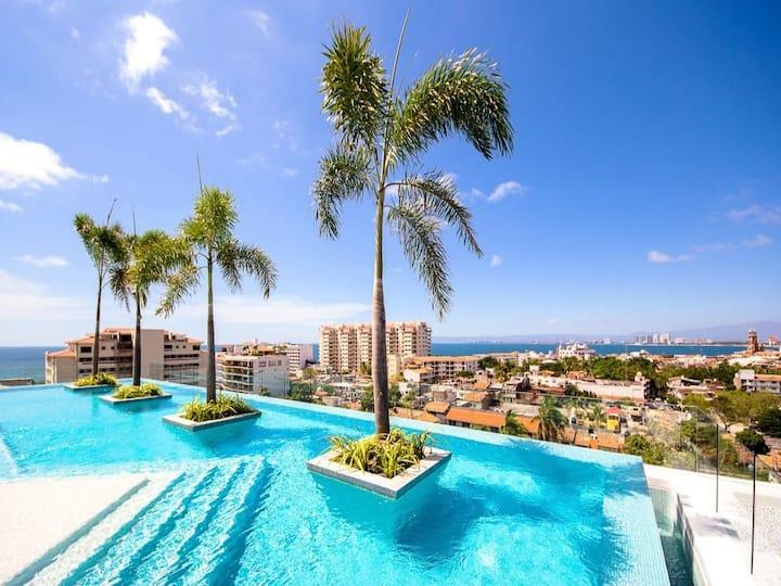 Zenith 601,  2 Balconies w/ Views, Rooftop Pool