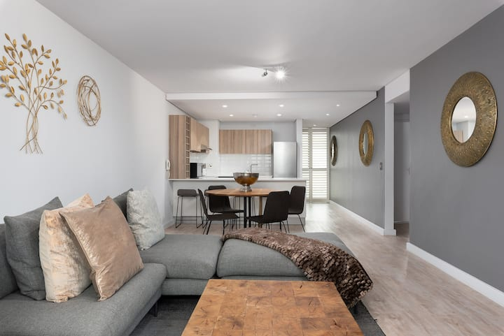 QUINTESSENTIAL TWO-BED APARTMENT IN DE WATERKANT