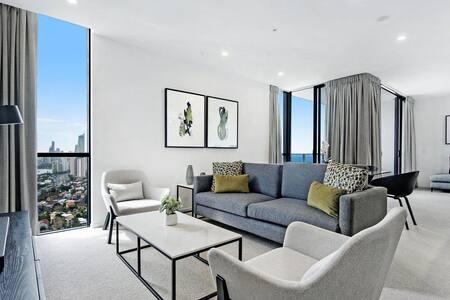 Qube Broadbeach - Luxury 2 Bedroom Ocean View