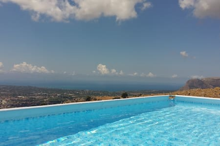 Apart. 130 sq m with terrace, pool and sea view - Borgetto