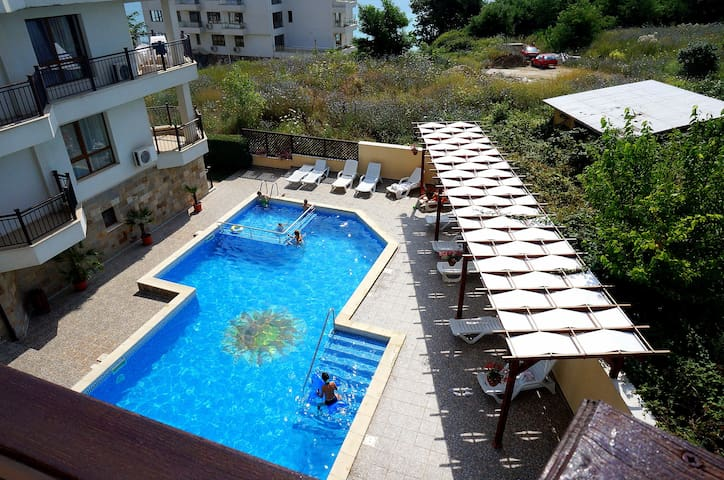 2 Bedrooms apartment in Byala Vista to the beach