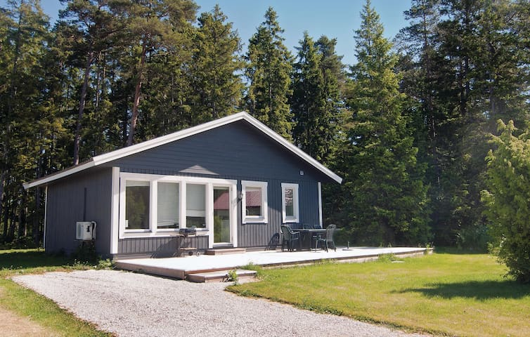 Holiday cottage with 3 bedrooms on 60m² in Gotlands Tofta