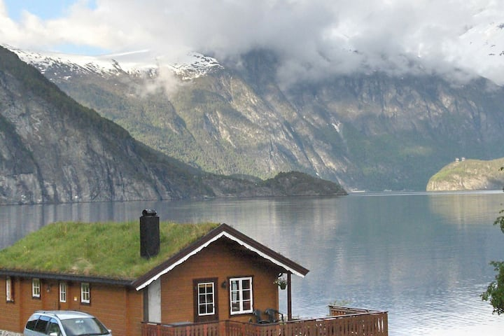 4 person holiday home in Valldal