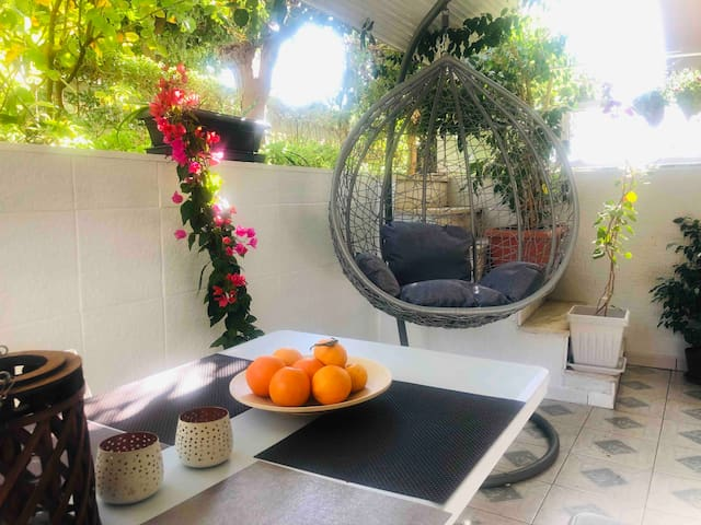 LOVELY APARTAMENT CLOSE TO THE BEACH IN ATHENS