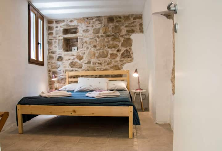 Spacious&Cool Apartment, Island Hvar
