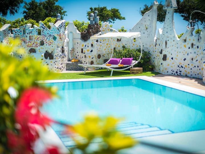 10.Marine Apartment Los Moxaicos, Heated Pool