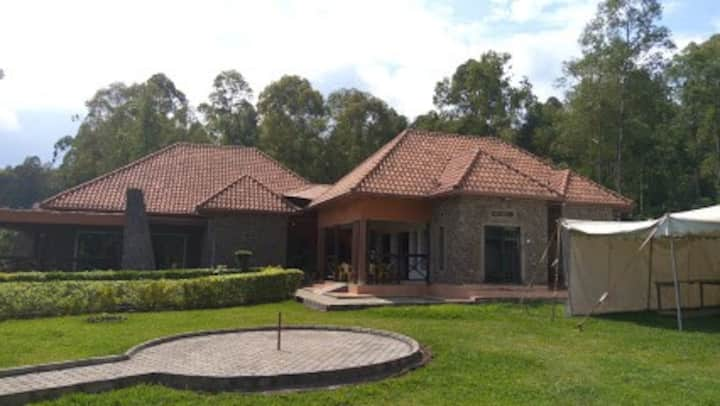Welcome to Musanze cave Hotel