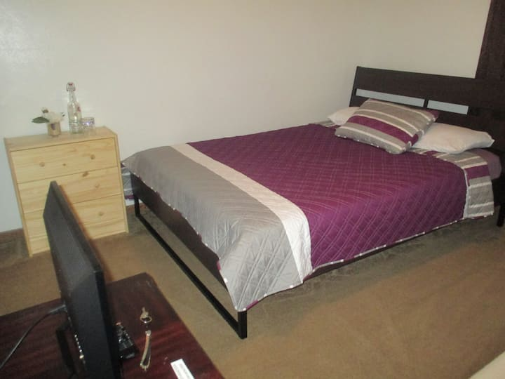 Affordable, peaceful & clean room in West Orlando