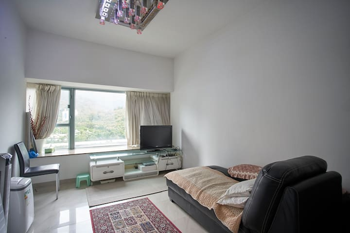 Cosy 1BR Apt for 3 in Tung Chung