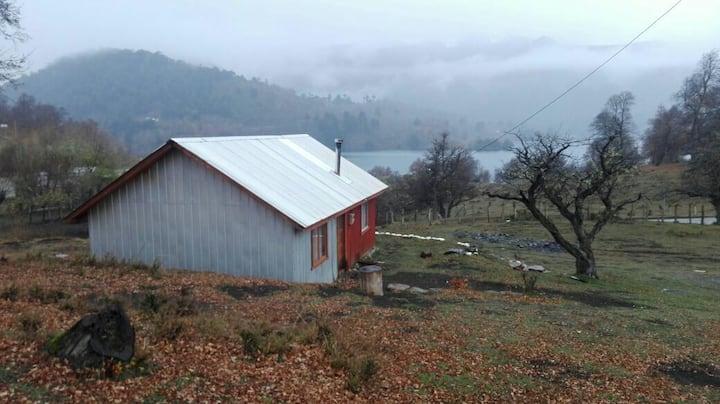 Cabaña y expediciones en Icalma y sus Alrededores.
