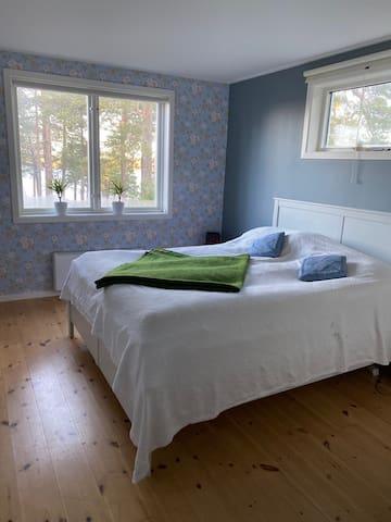 House 1, Bedroom 1, Doublebed