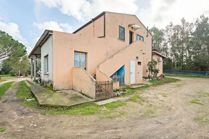Rustic Villa in Santa Giusta with Garden
