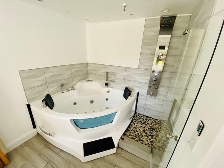 Apartment JACUZZI  2Bedroom Renovate Best Location
