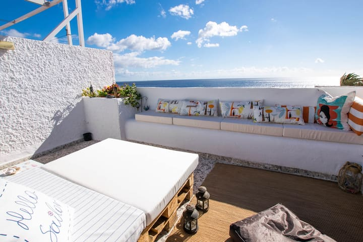 Magical spot in front of the ocean + 300Mb WIFI - Candelaria - Huoneisto