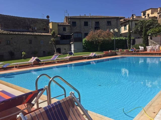 Apartment with pool in Chianti - San Donato - Wohnung