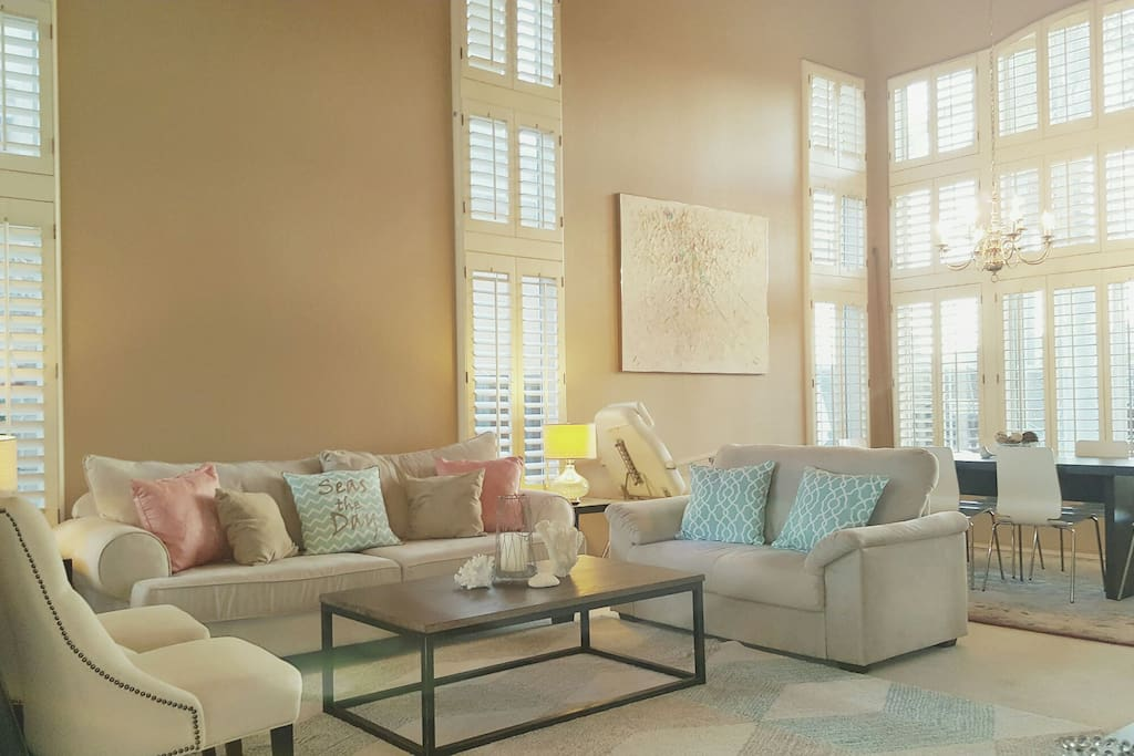 Large living room space for socializing