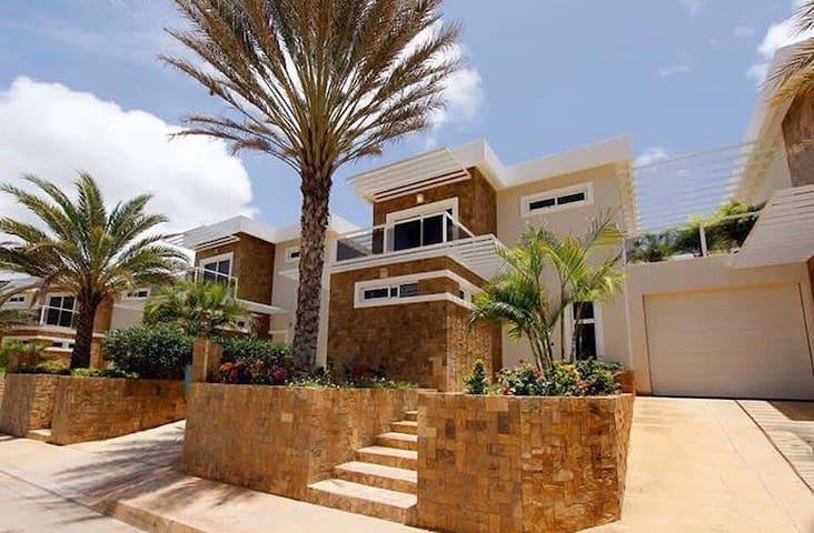 Villa Satipatthana