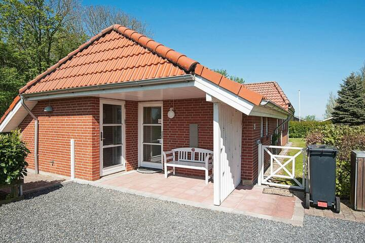 Pretty Holiday Home in Egernsund with Whirlpool