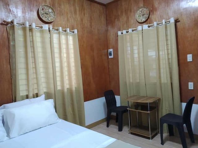 LUCENA's Homestay Aircon Room#1 for 2 to 4 guests