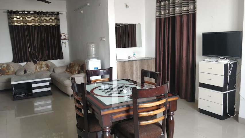Homestay @ Somani's , Airport nearby