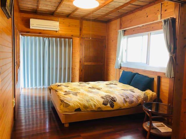ゆったりできるダブルベッド comfortable double bed