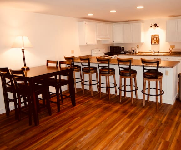 Moosehead lake apartment in downtown Greenville