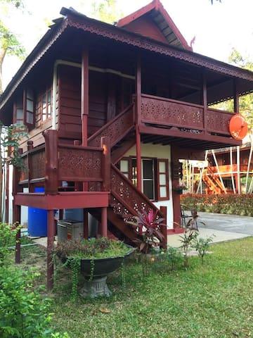 Chiang Mai Sunshine House homestay 102 - Thesaban Nakhon Chiang Mai - Casa