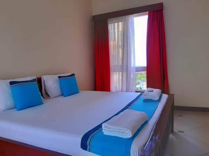 Amani Two bedroom with WiFi and pool