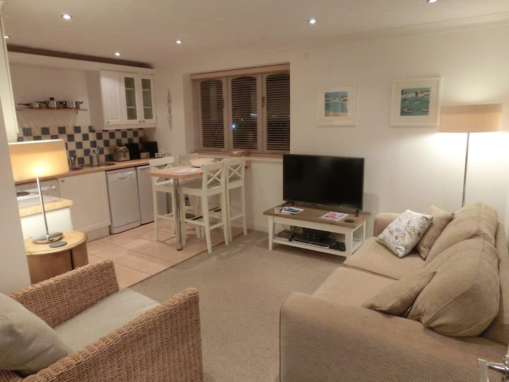 'Dartmouth View' 2-4 person apartment in Kingswear