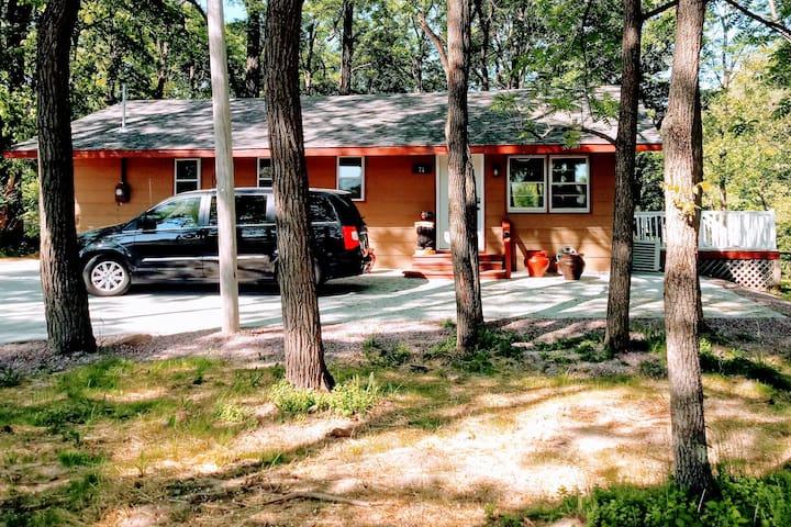 Wisconsin Dells Cabin in the Woods