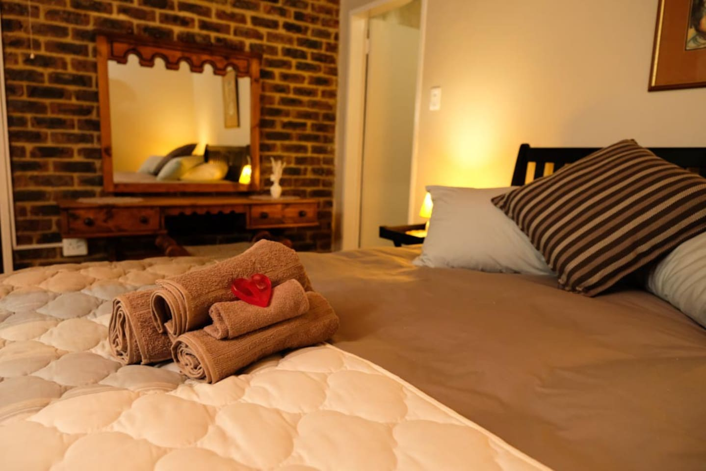 Cozy double bed room with on-suite bathroom