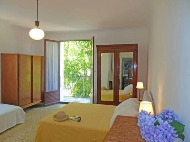 Chambre privée à 5 km de Porto-Vecchio - Порто-Веккьо - Квартира