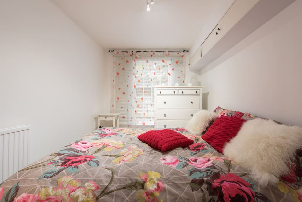 Bedroom with double bed and high quality bedding