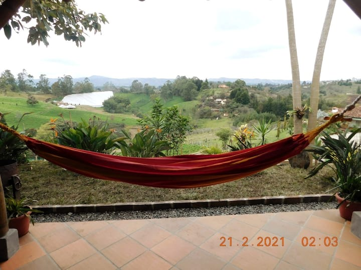 Beautiful Bungalow in the Mountains Rionegro