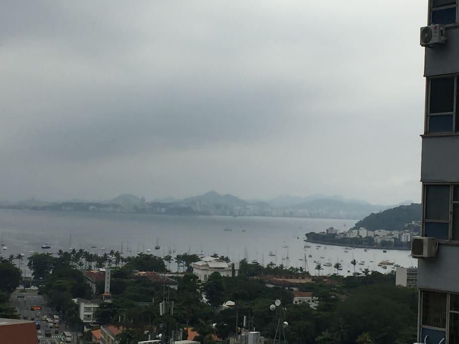 Vista da Enseada de Botafogo desde um dos quartos