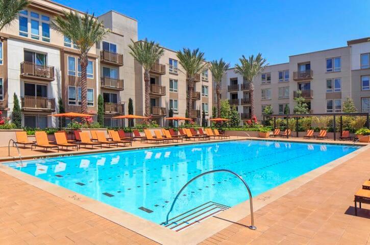 Luxury Resort Style Apartment at Irvine Spectrum