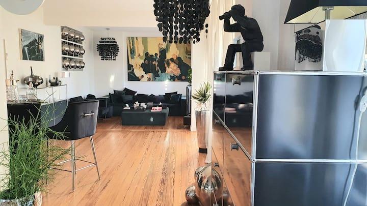 XL Flat - Küche/Meetingtisch/3xBett/2xBad/Balkon