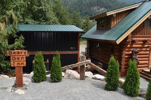 Bears Den Inn (on the Fraser)