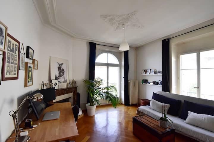Appartement d'artiste, centre ville de Lausanne.