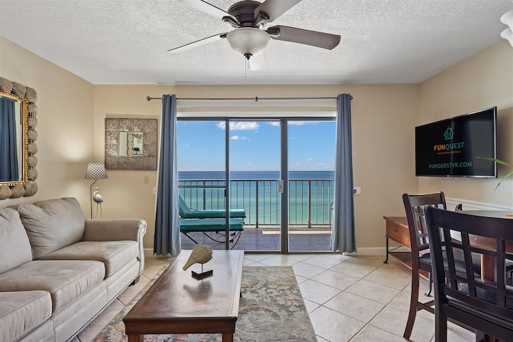 The Summit 820 - Cozy Oceanfront Condo Features Easy Beach Access & Shared Pools & Hot Tub!