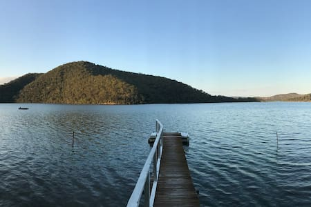 The River Cottage, Hawkesbury River near Brooklyn
