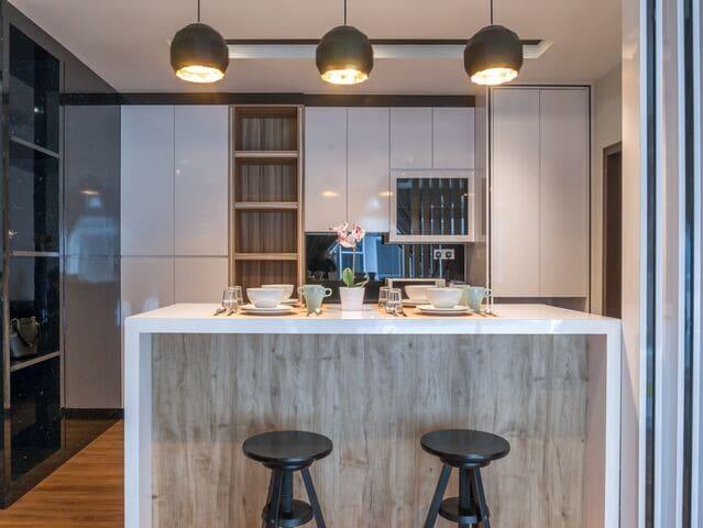 #09#KSL City Hotel Style Studio@5min to S'pore  Modern Style Dining Area  ( light cookware & tableware are prepare )