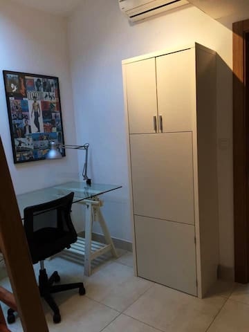 Deuxième chambre avec 2 lits en mezzanine