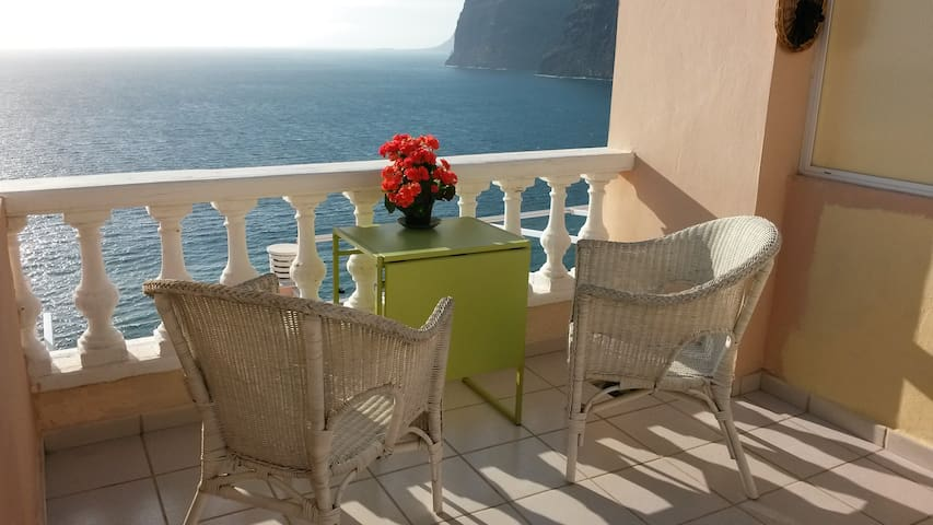 Romantic studio apartment - complete relaxation! - Los Gigantes Tenerife Spain - อพาร์ทเมนท์