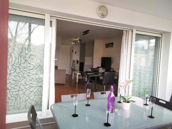 T4/3 Chambres/Terrasse/parking/Wifi