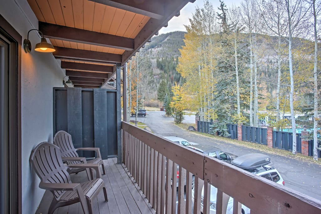 This  1-bedroom, 1.5-bathroom vacation rental condo in East Vail is the ideal retreat any time of the year.