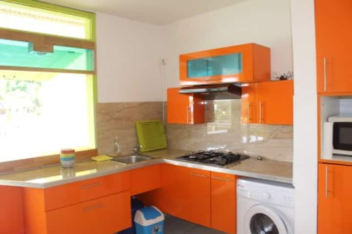 House with one bedroom in Le Gosier, with furnished terrace and WiFi - 3 km from the beach