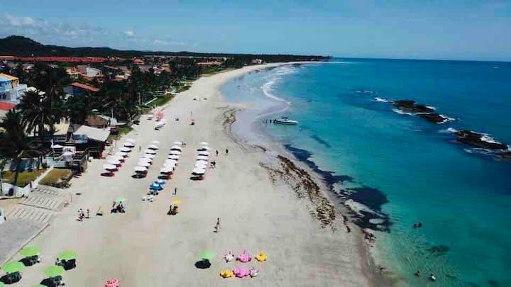 Apto Térreo - Carneiros | 50 mts da Praia.