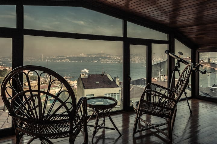 Unique Penthouse/Stunning Istanbul view/Best Loc.